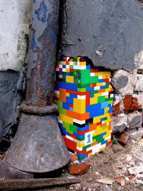 lego cornerstone -  image from streetartutopia