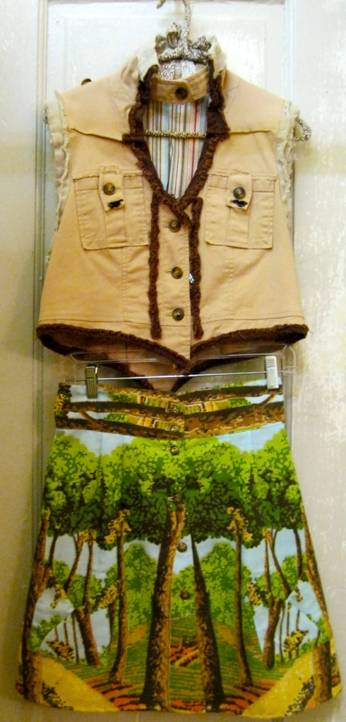 Ghetto Goldilocks vest and Field Day skirt