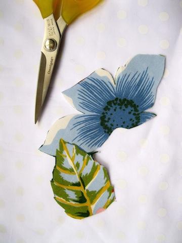 Flower with leaf