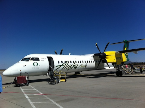 Let's go to Oregon on a small plane